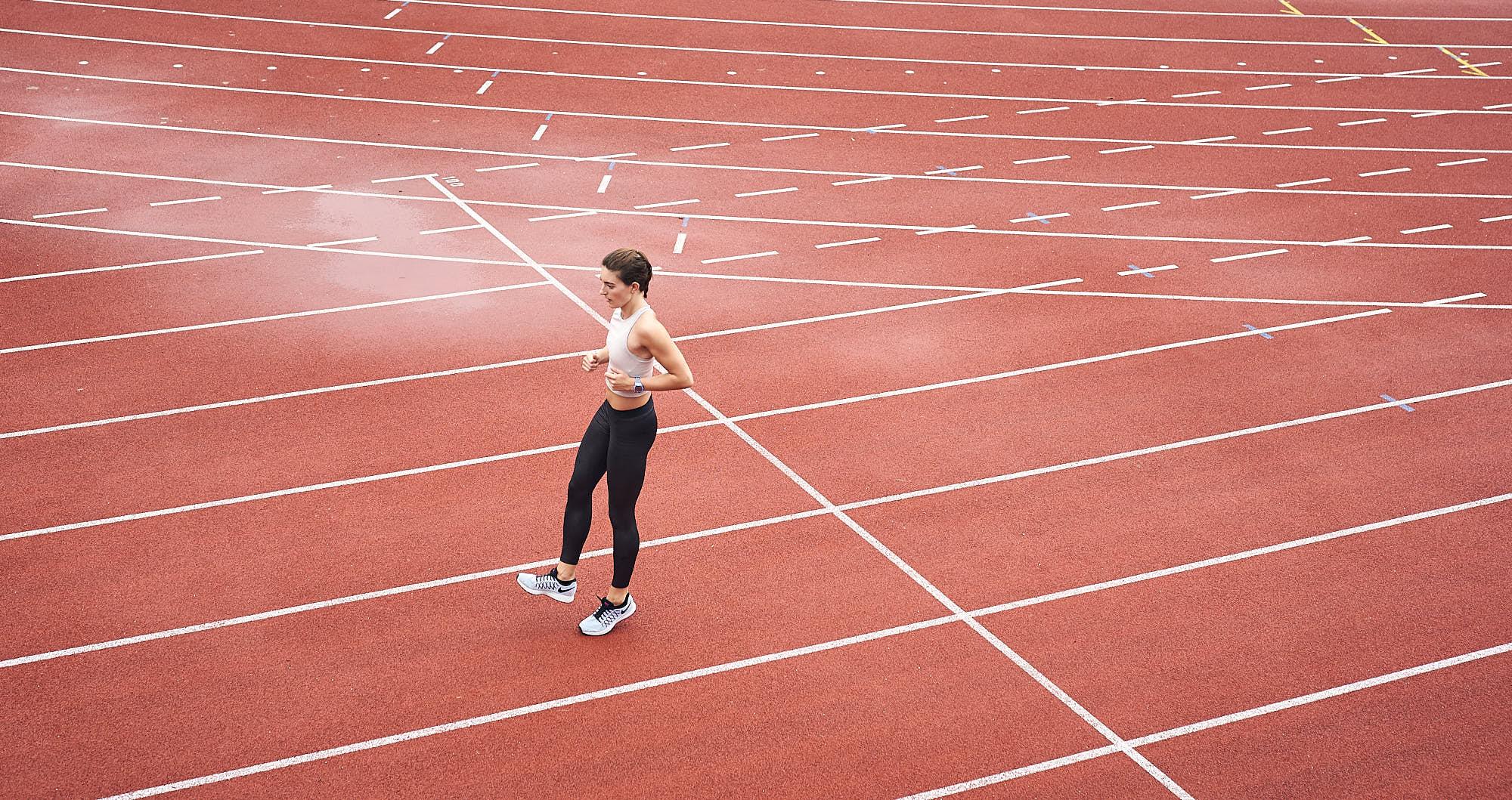 Bianca Baak doing exercises on track