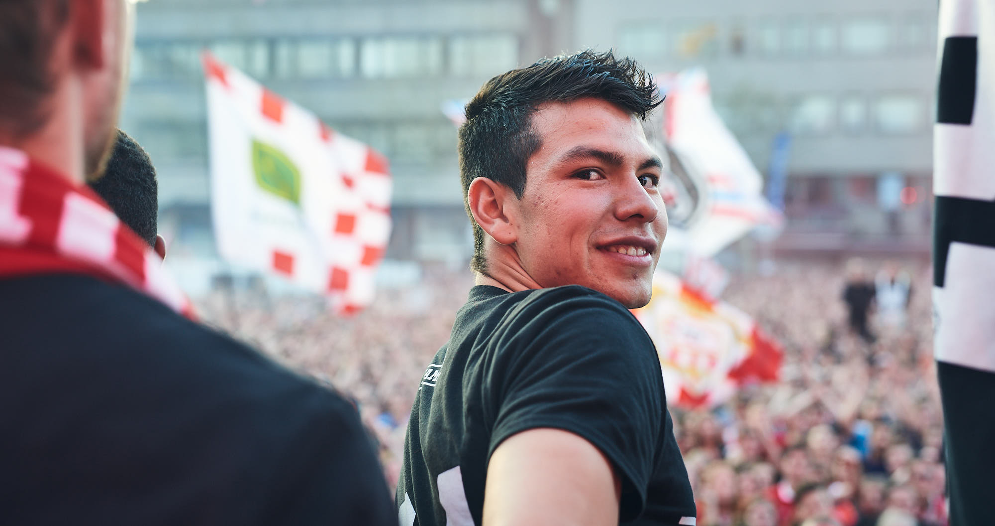 Hirving Lozano on the Stadhuisplein in Eindhoven