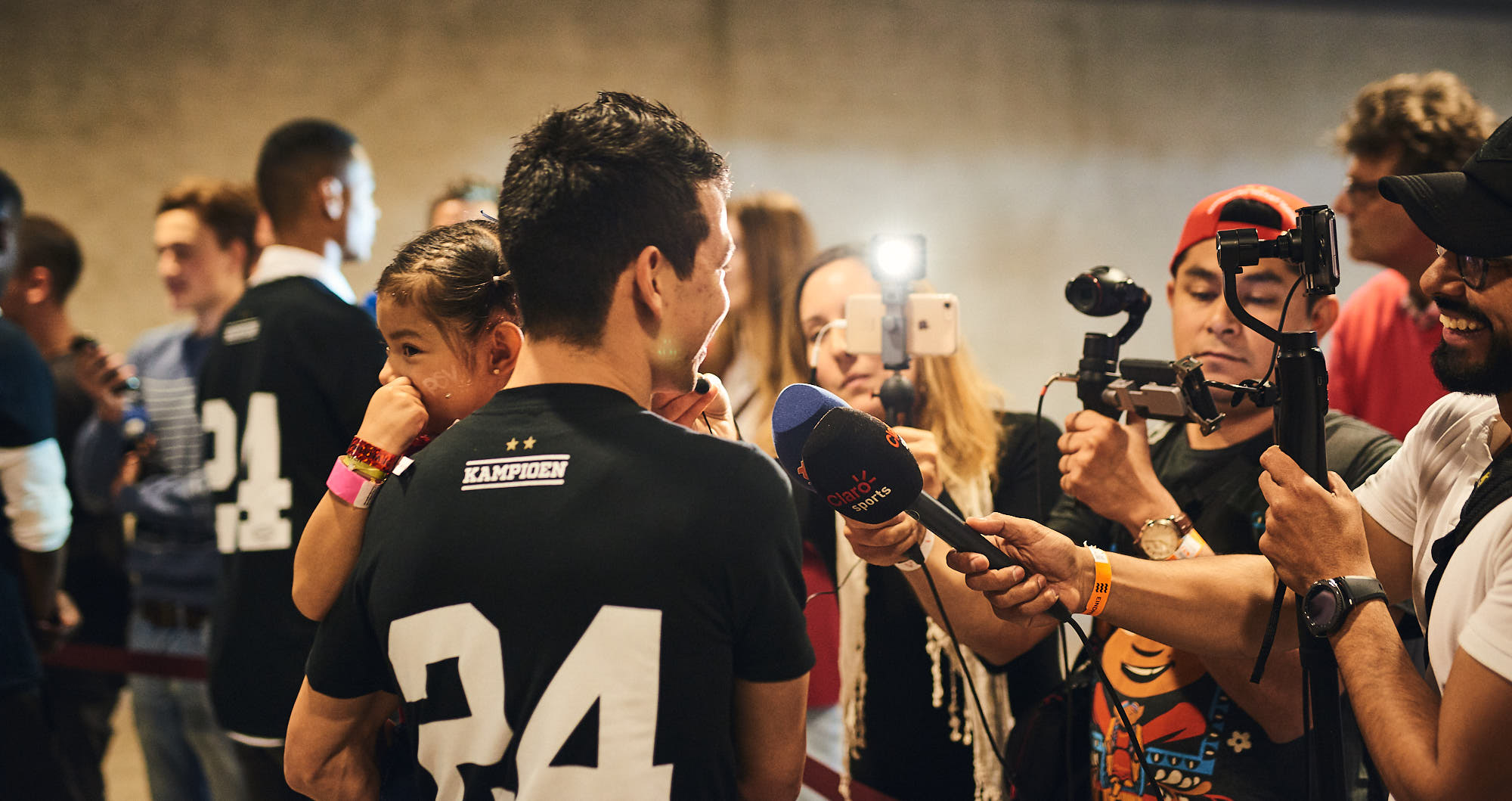 Hirving Lozano giving an interview in Eindhoven