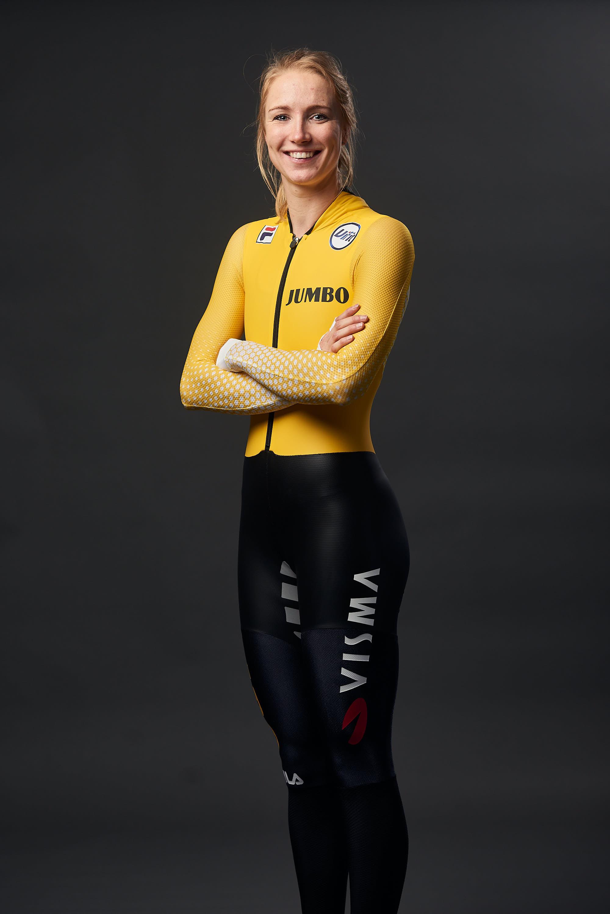 Portrait of Team Jumbo-Visma Ice skater Carlijn Achtereekte