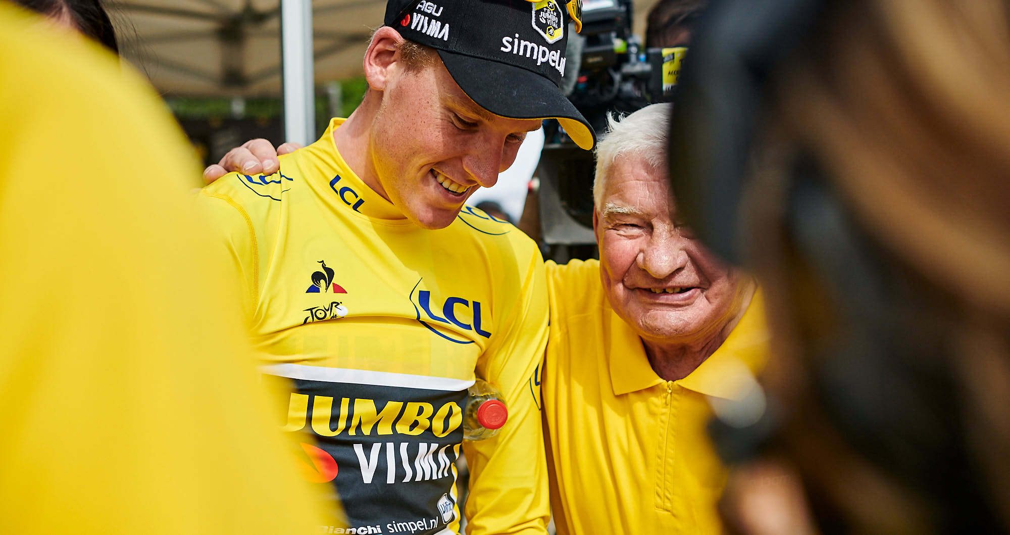 Mike Teunissen and cycling legend Raymond Poulidor at the 2019 Tour de France
