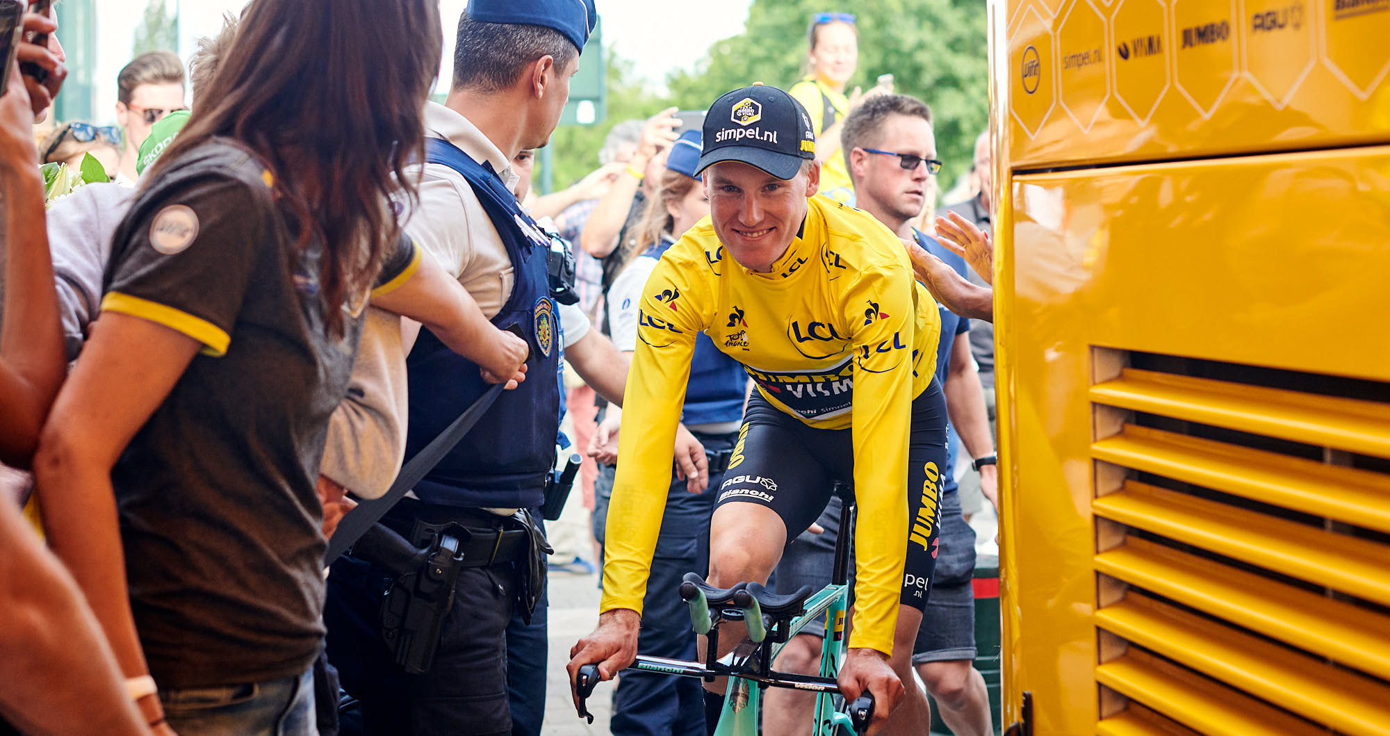 Mike Teunissen arriving at the team Jumbo-Visma bus after the team time trial in the 2019 Tour de France
